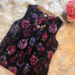 Talbots Large Pleated Floral Print Sleeveless Top